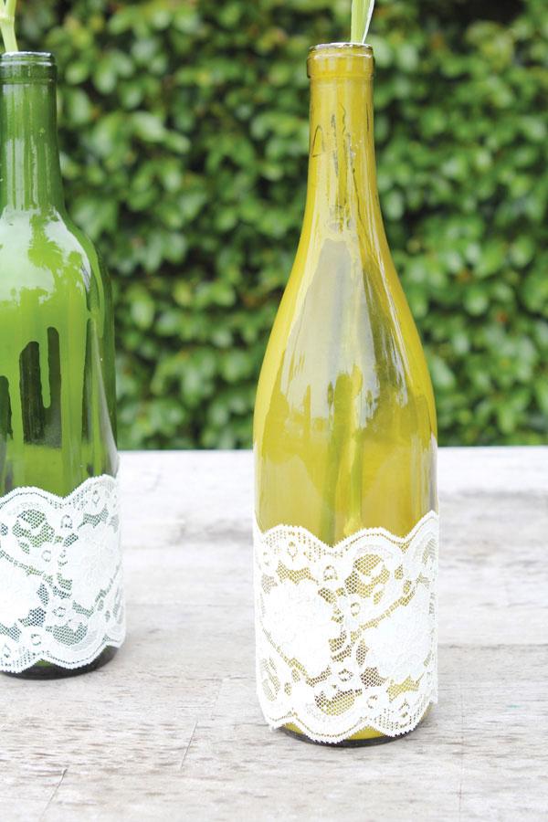 10 idee per utilizzare vecchie bottiglie - Bottiglie vetro ikea ...
