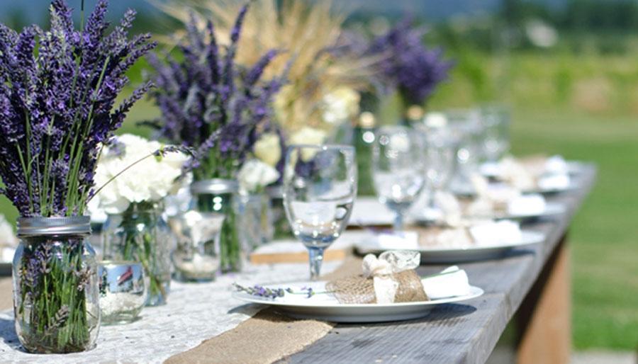 Matrimonio Country Chic Campania : Idee per decorare con barattoli di vetro riciclati