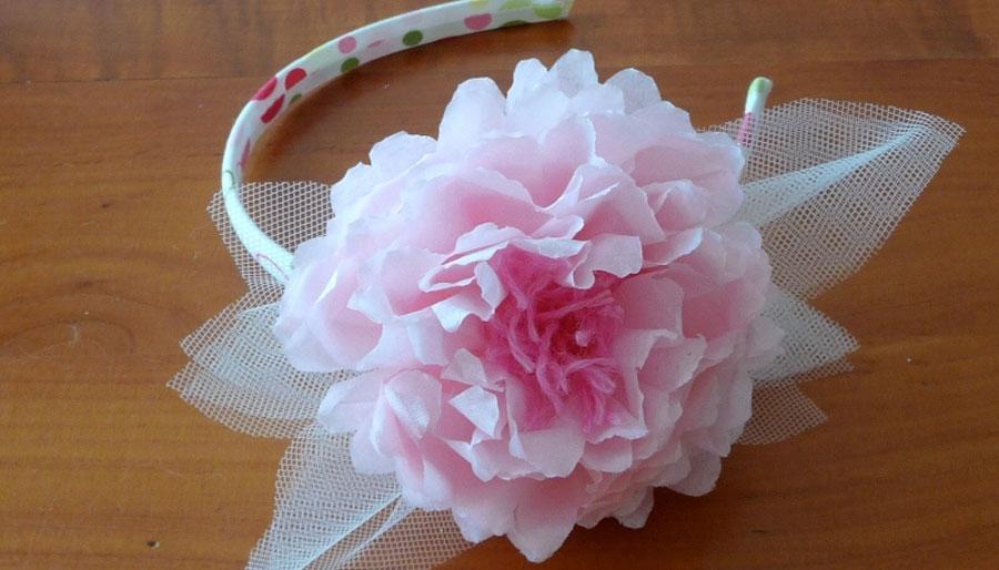 piuttosto fico numerosi in varietà stili di moda Tutorial: Cerchietti per damigelle con fiori di carta