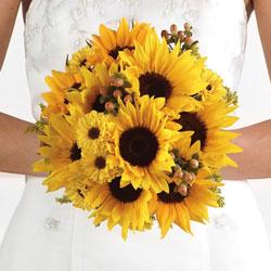 Matrimonio Coi Girasoli : Matrimonio country chic tra girasoli e balle di fieno leitv