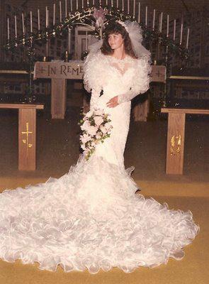 8fe44db5bbed 6 consigli per vendere il tuo abito da sposa
